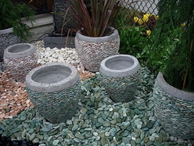 Цветочные горшки своими руками с камнями